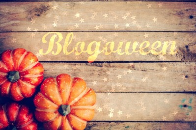 autumn-background-with-pumpkin-on-wooden-board-with-space-vintage-filter_1627-916.jpg